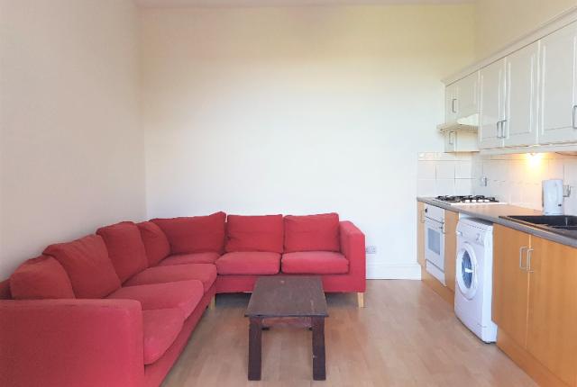 Thumbnail Flat to rent in Ravenscroft Street, Gilmerton, Edinburgh, 8Qw