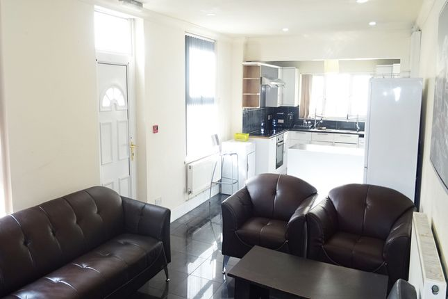 Thumbnail End terrace house to rent in May Street, Cathays, Cardiff