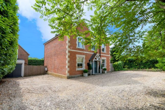 Thumbnail Detached house for sale in London Road, Bagshot
