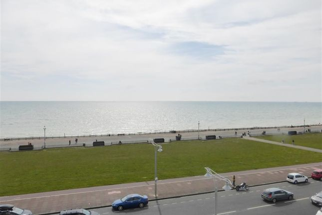 Thumbnail Flat to rent in Adelaide Crescent, Hove