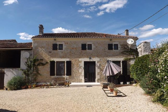 Thumbnail Detached house for sale in Mansle, Charente, Poitou-Charentes, France