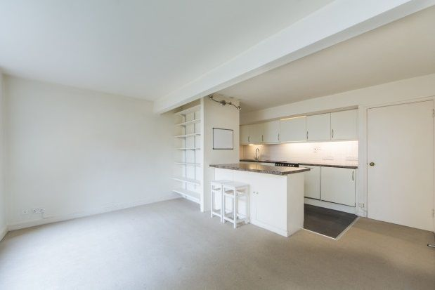 2 bed property to rent in Colville Road, London