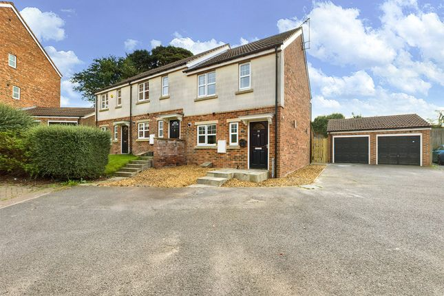 3 bed end terrace house for sale in Oak Drive, Barton-Upon-Humber, North Lincolnshire DN18