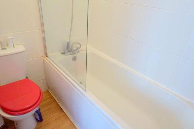 Bathroom of Garden Flat, Alma Road Avenue, Clifton BS8