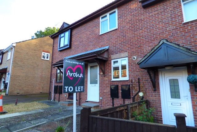 Thumbnail Terraced house to rent in Meadowbank, Lydney