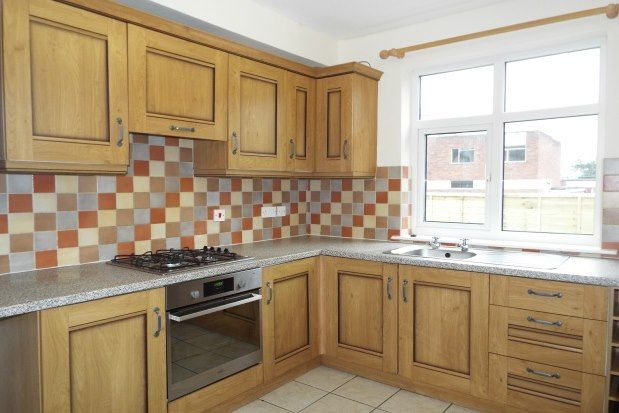 3 bed property to rent in Allport Road, Cannock WS11