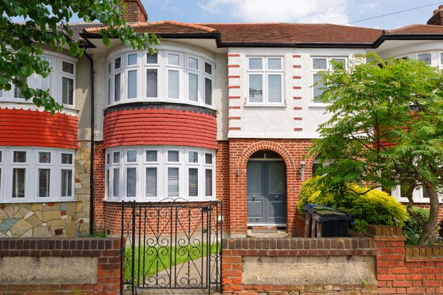 Thumbnail Terraced house for sale in Firs Park Avenue, Winchmore Hill
