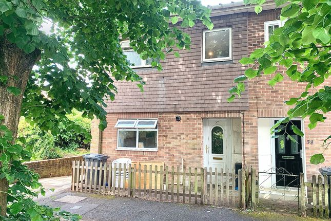 3 bed property for sale in Tintagel Close, Andover SP10