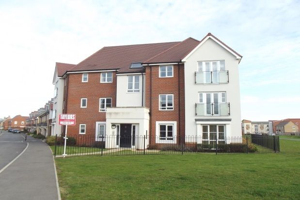 Thumbnail Flat to rent in Hawking Drive, Biggleswade