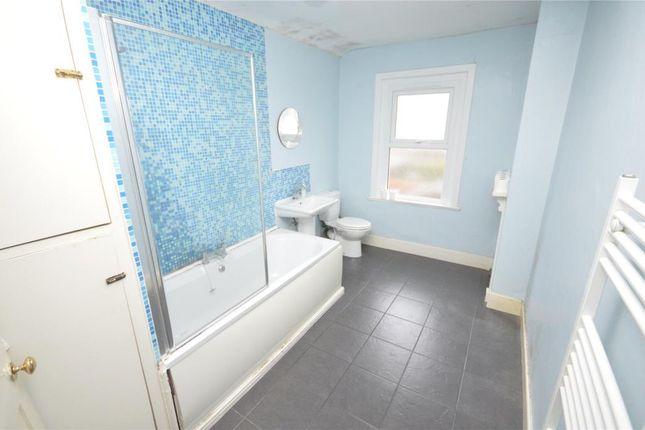 Bathroom of Oakfield Road, Exeter, Devon EX4