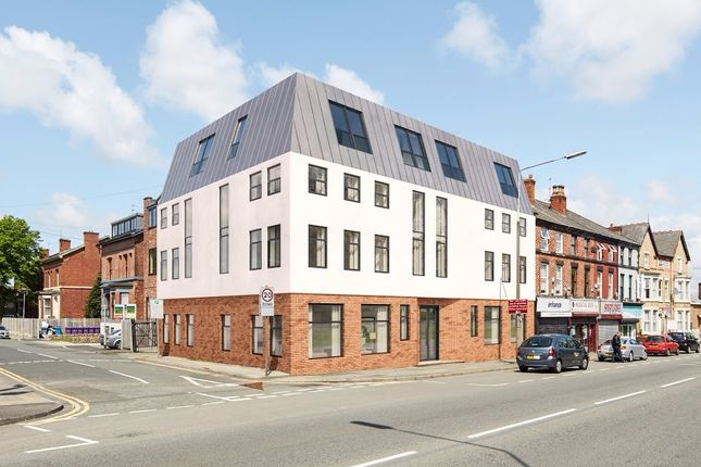 Thumbnail Flat to rent in West Derby Road, Liverpool, Merseyside