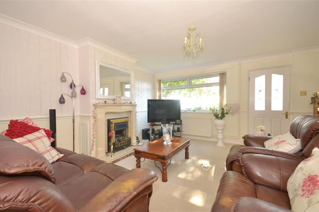 Thumbnail Terraced house for sale in Harting Gardens, Fareham, Hampshire