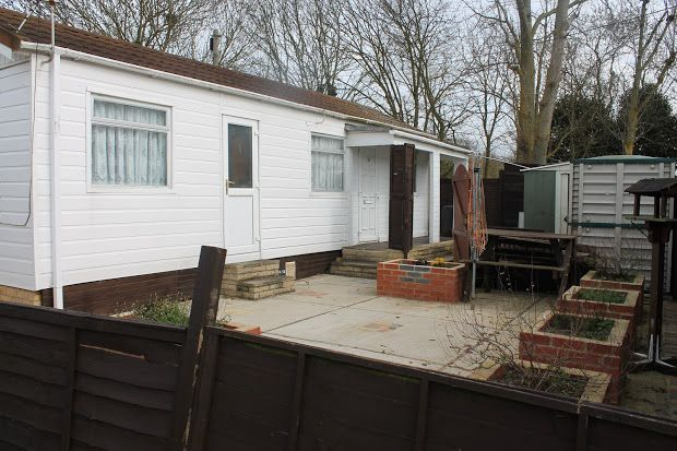 Thumbnail Property for sale in Frating, Colchester