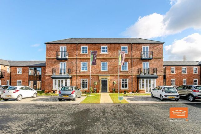 Thumbnail Flat for sale in The Links, Bloxwich, Walsall