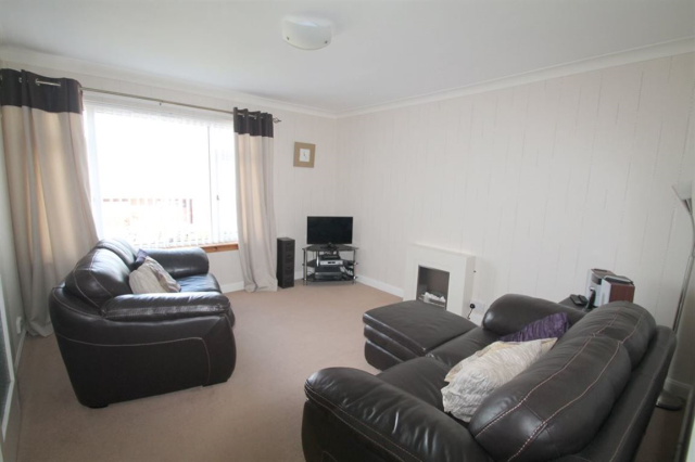 Thumbnail Semi-detached house to rent in Crail Place, Broughty Ferry