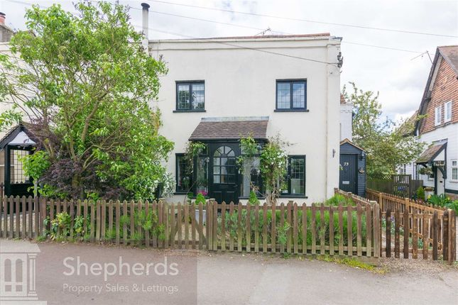 Thumbnail Terraced house for sale in High Street, Roydon, Essex