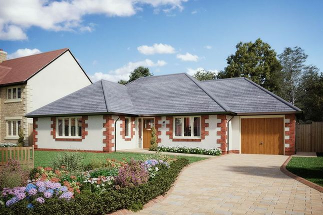 Thumbnail Detached bungalow for sale in Southmoor Gardens, Southmoor, Abingdon