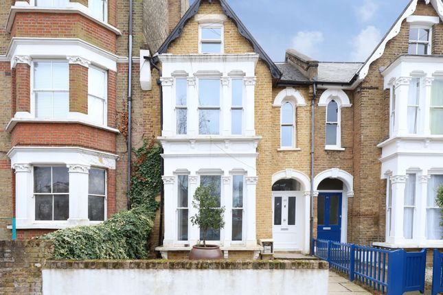 Thumbnail Property for sale in 69 Hargrave Park, Archway, London