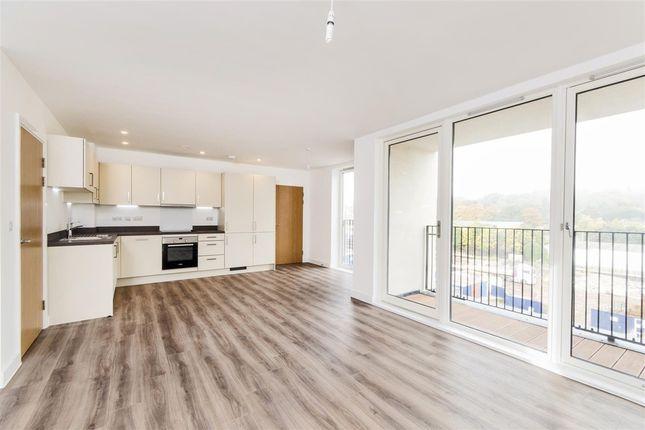 Thumbnail Flat to rent in Alexandra House, Midland Road, Bath