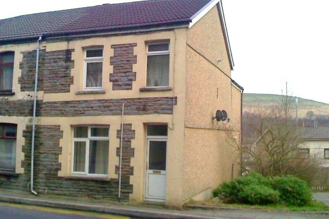 Thumbnail Flat to rent in Coed Y Brain Road, Llanbradach, Caerphilly