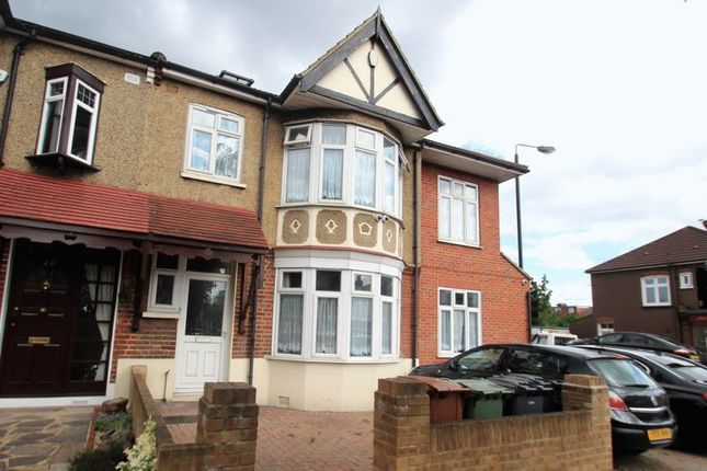 Thumbnail Terraced house for sale in Rowden Park Gardens, London