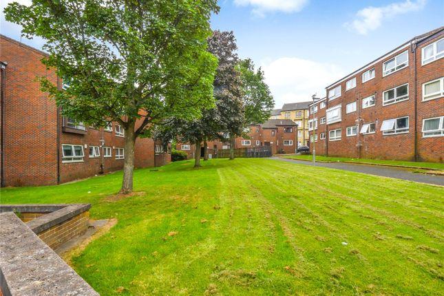 Communal Gardens of Flat 4, Clavering Street East, Paisley, Renfrewshire PA1