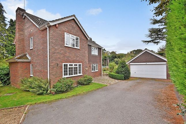 Thumbnail Detached house for sale in Robinswood Close, Leighton Buzzard