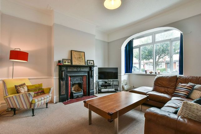 Thumbnail Terraced house to rent in Cranston Road, London