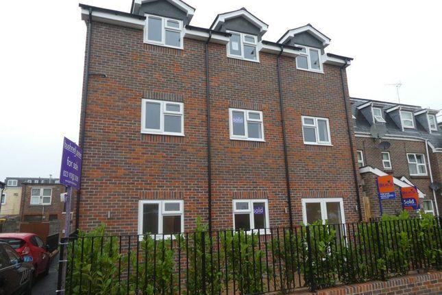 Thumbnail Flat to rent in Trafalgar Place, Portsmouth