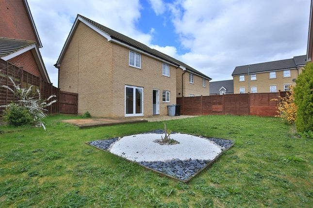 Thumbnail Detached house to rent in Burrows Close, Grantham