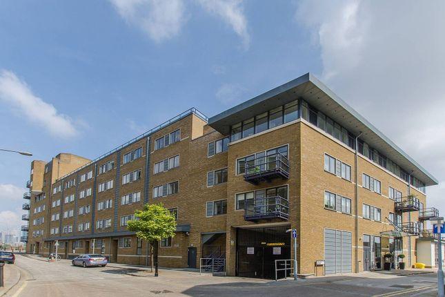 Thumbnail Flat to rent in Collington Street, Greenwich, London