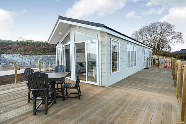 Thumbnail Lodge for sale in Torquay Road, Shaldon
