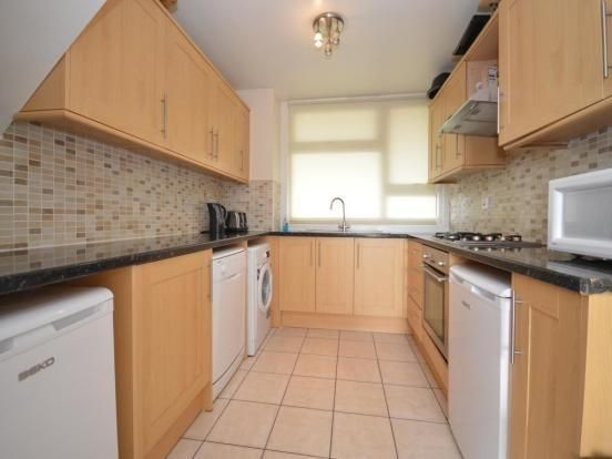 Thumbnail Flat to rent in Chesterton Terrace, Norbiton, Kingston Upon Thames