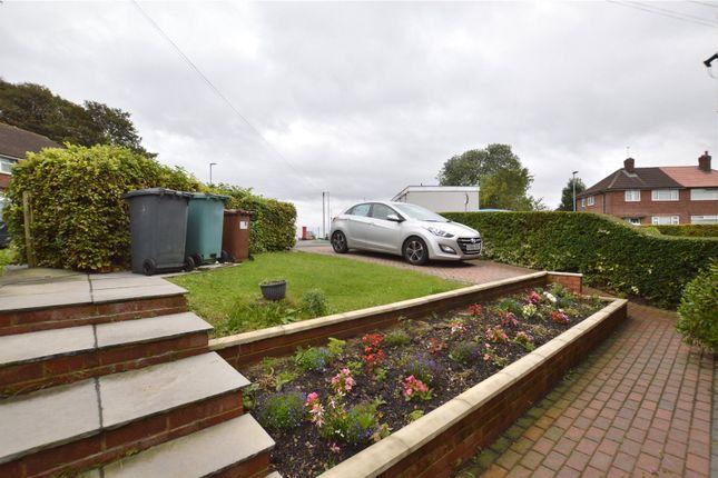 Picture No. 08 of Queenswood Drive, Leeds, West Yorkshire LS6