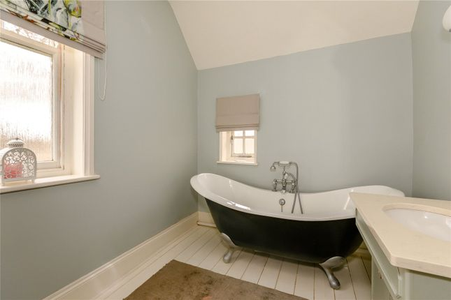 Bathroom of Egerton Road, Woodthorpe, Nottingham NG5