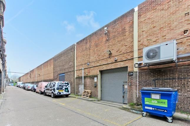Thumbnail Light industrial to let in Unit E.01.B, 100 Clements Road, Bermondsey, London