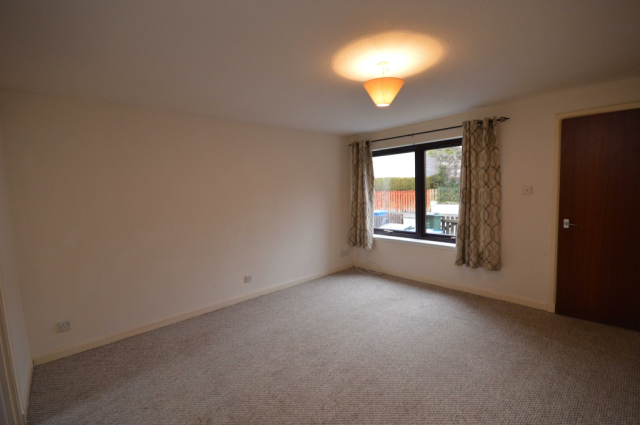 Thumbnail Flat to rent in Ardness Place, Inverness IV2,