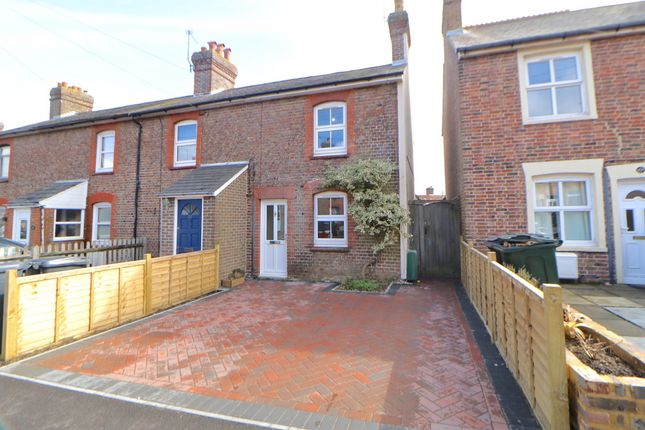 Thumbnail End terrace house to rent in Alexandra Road, Uckfield, East Sussex