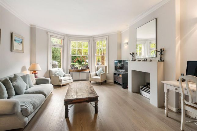 Thumbnail Flat for sale in Albany Mansions, Albert Bridge Road, Battersea, London
