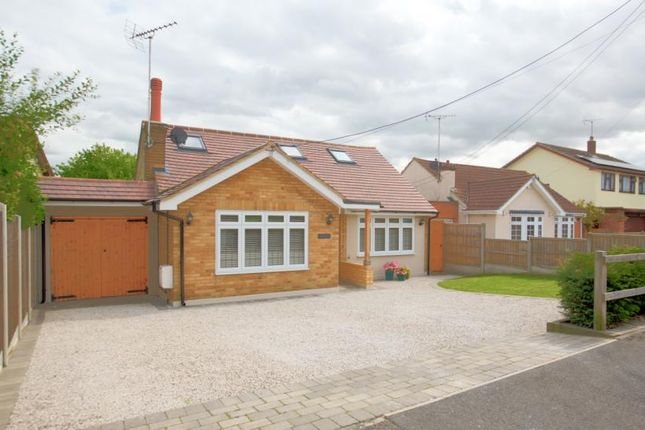 Thumbnail Detached house for sale in Beehive Chase, Hook End, Brentwood, Essex