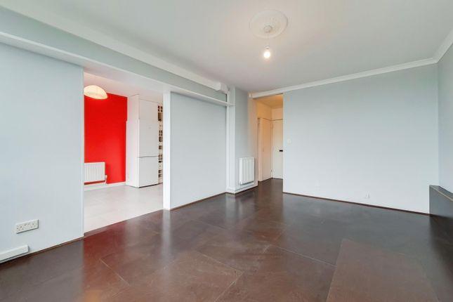 Thumbnail Flat to rent in Hurley House, Kennington
