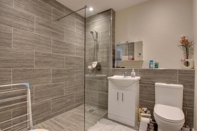 Shower Room of Henniker Road, Ipswich IP1