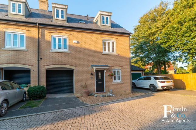 4 bed town house to rent in Penwald Court, Peakirk, Peterborough PE6