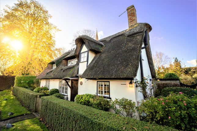 Thumbnail Cottage for sale in Mill Street, Houghton, Huntingdon