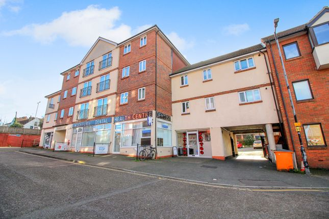 2 bed flat for sale in Lower Southend Road, Wickford SS11