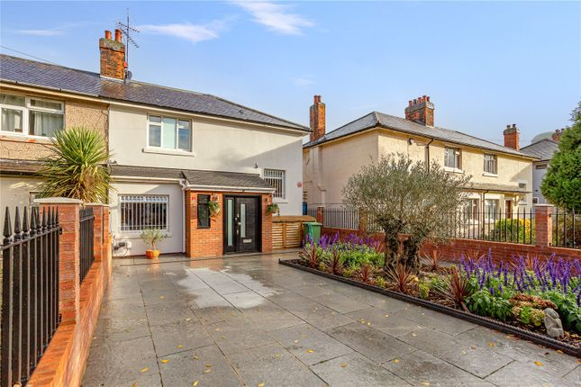 Thumbnail Terraced house for sale in First Avenue, London