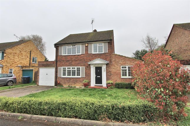 Thumbnail Detached house for sale in Wilton Place, New Haw, Addlestone