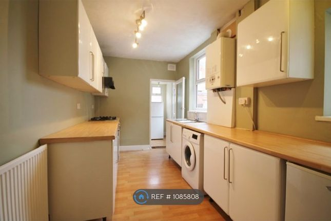 4 bed terraced house to rent in Barclay Street, Leicester LE3