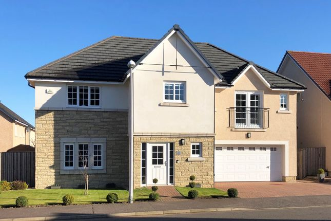 Thumbnail Detached house for sale in West Cairn View, Murieston, Livingston