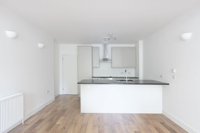 Thumbnail Property to rent in Wentworth Street, Spitalfields, London